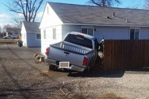 truck-hits-house